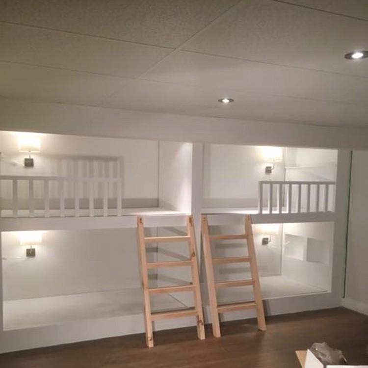 Installation de lits superposés